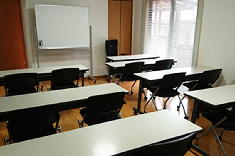 福岡学院 教室内